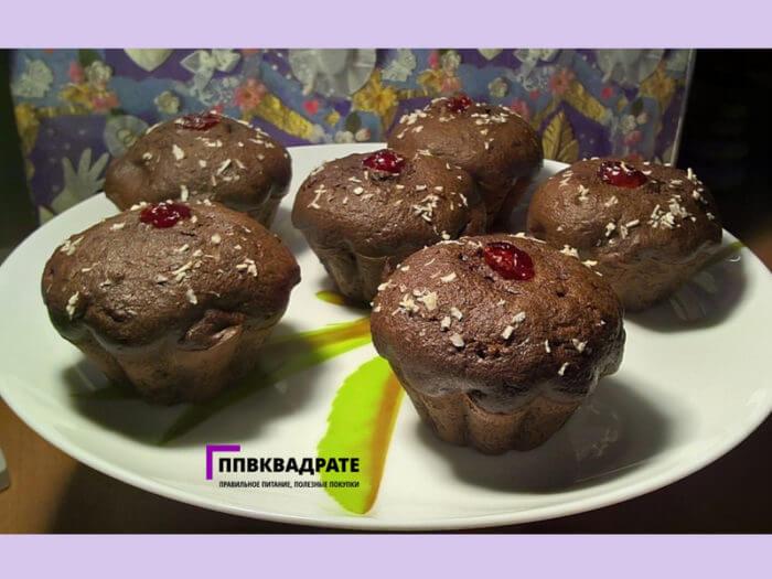 Десерт с шоколадом в духовке